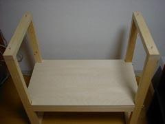 天板固定のための木ダボ