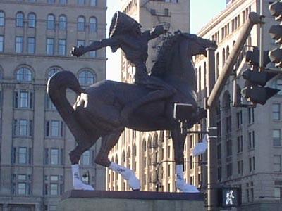 ホワイトソックスを履いた馬