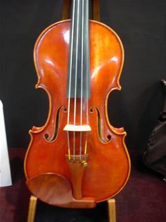 望月伸也明さんのヴァイオリン