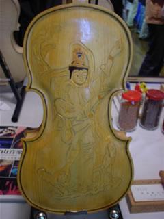 観音ヴァイオリン裏板